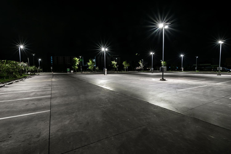 lichtanlagen led gewerbe parkplatz